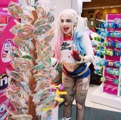 ♦️Harley Quinn at the candy shop!