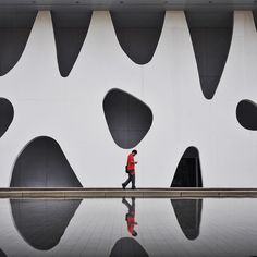 Image by This is my last photo for this Ignant Takeover. It was so great posting my work here during the weekend. Hope you enjoyed it! This shot was taken in a facade of 'Gran Via exhibition center' designed by Toyo Ito by ignant Ancient Greek Architecture, Chinese Architecture, Facade Architecture, Classical Architecture, Beautiful Architecture, Serpentine Pavilion, Toyo Ito, Barcelona Architecture, Old Abandoned Houses