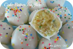 Easy Cake Batter Truffles. No bake, takes less than an hour, and taste exactly like Starbucks cake pops!