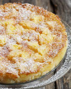 Peaches and Cream Cake. #cakes #desserts #summer