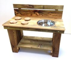 Childs Outdoor kitchen - perfect for outside play