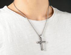krížik pánsky - pánsky prívesok s retiazkou Jewelry, Jewlery, Jewerly, Schmuck, Jewels, Jewelery, Fine Jewelry, Jewel, Jewelry Accessories