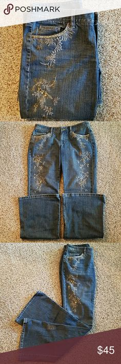 Price drop! Elie Tahari embellished jeans, EUC Jeans embellished on front with gold & silver thread, beads & sequins. Flare legs. Fronts of legs decorated from pockets to knees. Factory distressed, please review all pix. Size 8. Inseam approx. 34 inches. Waist approx. 16 1/2 inches across flat with stretch. Front rise approx. 9 inches, back rise approx. 14 inches. 98% cotton, 2% polyurethane. Excellent used condition without defect. No automatic jean bundling due to weight, inquire first…