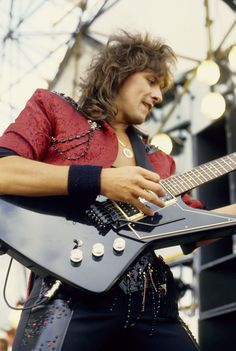 '80s rockers: Where are they now? RICHIE SAMBORA THEN
