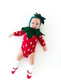um-doce-dia-fantasia-de-morango-para-bebes-01