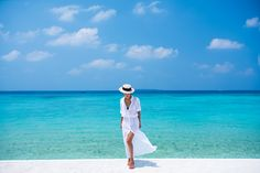 Thayer Maxi Shirt Dress / Eugenia Kim Boater Hat / Sarah & Sebastian Necklace and Ring / Ancient Greek Sandals