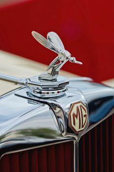 36 Ideas Vintage Logo Car Hood Ornaments For 2019 Retro Cars, Vintage Cars, Antique Cars, Car Badges, Car Logos, Car Bonnet, Car Hood Ornaments, Car Radiator, Mg Cars