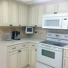 Pearl Kitchen & Bathroom Cabinets - Kitchen Cabinet Kings Pearl ...