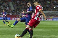 Banh 88 Trang Tổng Hợp Nhận Định & Soi Kèo Nhà Cái - Banh88.infoTin Tuc Bong Da -  (Kenhthethao) - Với phong độ rất cao Barca tiếp tục giữ tinh thần quyết thắng khi làm khách trên sân của Girona ở vòng 6 La Liga.  Với phong độ hủy diệt của Messi Barca tự tin giải quyết trận đấu ngay trong hiệp 1.  Dù vậy đội bóng xứ Catalan chỉ có được 1 bàn thắng duy nhất từ pha phản lưới nhà của Aday.  Tỷ số: Girona 0  1 Barca  Ghi bàn: Aday (17)  Đội hình thi đấu:  Girona: Iraizoz; Juanpe Bernardo…