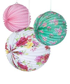Love this Truly Scrumptious Lantern Set on #zulily! #zulilyfinds  sc 1 st  Pinterest & Amscan Disposable Round Paper Plate in Blissful Blooms Pr... Set of ...