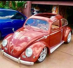 Classic Car News Pics And Videos From Around The World Retro Cars, Vintage Cars, Vw Super Beetle, Kdf Wagen, Hot Vw, Vw Classic, Vw Cars, Vw T1, Vw Camper