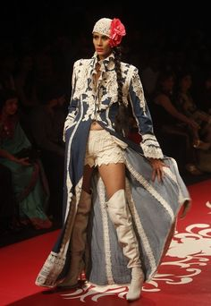 Community Post: 32 Fierce Looks From India's Fashion Week