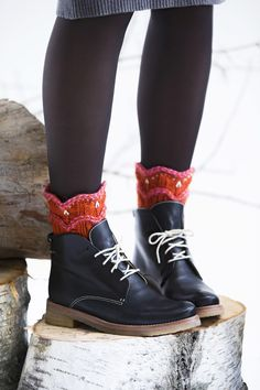 Dr. Martens, Combat Boots, Knitting, Accessories, Shoes, Fashion, Closets, Trapillo, Moda