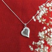 Valentine Gifts For Girlfriend, Romantic Gifts, Healthy Recipes, Sterling Silver, Detail, Nice, Pendant, Heart, Jewelry
