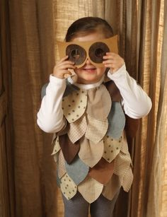 I think TLSG needs an Owl Halloween costume--- we could bling it up! Toddler Owl Costume, Owl Costume Diy, Owl Halloween Costumes, Dear Costume, Bird Costume, Toddler Halloween, Cute Costumes, Costume Makeup, Halloween Halloween