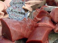 Precios del atún de almadraba.Cadiz.Spain .