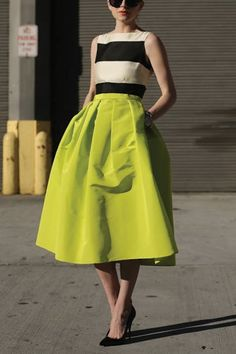 5 Fashion Trends That Are Officially Out of Style via @PureWow--  NEVER!!!