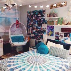 beachy/boho teen girl bedroom