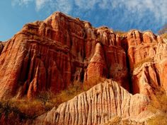 Red Canyon- Râpa Roșie is a geological park from Romania, declared nature reserve since Best time to visit : April-May Places In Europe, Tourist Places, Places To Travel, Places To Visit, Pictures Of Beautiful Places, Wonderful Places, Borobudur, Famous Castles, The Beautiful Country