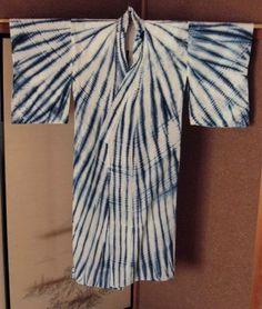 """MINO """"RAIN CAPE"""" SHIBORI YUKATA FESTIVAL YUKATA TESUJI HAND PLEATING HANDSPUN COTTON, BOTANICAL INDIGO ARIMATSU, LATE 19C/EARLY 20C"""