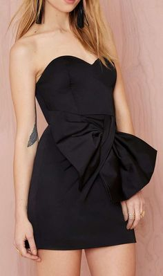 Black Dress with a Bow!