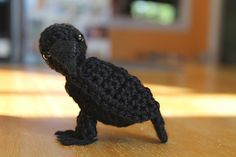 Raven_with_felt_feet_small2 knitted/crocheted crow softie
