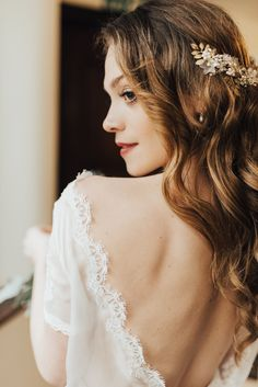 Rebecca Carpenter Photography: Photographers covering Birmingham, Yorkshire and the Humber – Wedding Directory Down Hairstyles, Wedding Hairstyles, Hollywood Waves, British Wedding, Something Blue Wedding, Bridal Hair Vine, Wedding Book, Dream Wedding, Bridal Hair Accessories