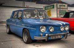 Résultats Google Recherche d'images correspondant à http://voitures.renault.free.fr/albums/1962_-_R8/bleue_r8_gordini_DSC_1901A.jpg