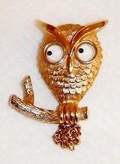 Whimsical Avon Goldtone Owl Brooch with Wiggly Eyes Chain Tail Great Condition | eBay