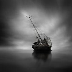 fotos larga exposición barco varado