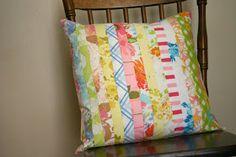 Sparkle Power!: Pretty Vintage Sheeting Pillow