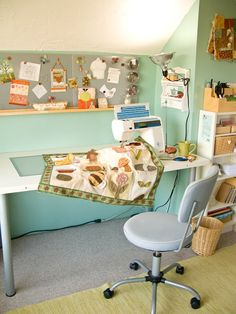 PatchworkPottery...beautiful sewing room!