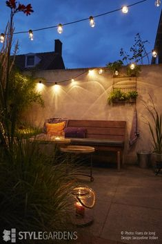 Garden trends by Jacqueline Volker - News - garden ideas UW-tuin. Modern City, Types Of Soil, Houseplants, Interior And Exterior, Garden Design, Home And Garden, Backyard, Outdoor Decor, Inspiration