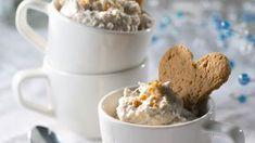 Helppotekoinen taatelirahka on ihanan makea päätös aterialle. N. 1,05€/annos*. Krispie Treats, Rice Krispies, Cereal, Oatmeal, Deserts, Goodies, Pudding, Ice Cream, Baking