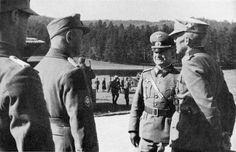 1939 Deutsche Offiziere in Polen. Ganz rechts - Kommandeur der 1. Gebirgsdivision der Wehrmacht, Generalleutnant Ludwig Kübler (Ludwig Kübler, 1889-1947). Zweiter von rechts - (. XVIII Armeekorps) der Chef des Stabes des 18. Armeekorps, Generalmajor Konrad Rudolph (Rudolf Konrad, 1891-1964)