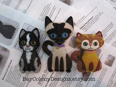 INSTANT DOWNLOAD Felt Ornament Sewing Patterns -- Crazy Cat Lady Starter Kit (93015) by BayColonyDesigns on Etsy https://www.etsy.com/listing/250115600/instant-download-felt-ornament-sewing
