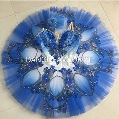 Dancewear by Patricia is the ultimate on-line ballet store. Offering professional tutus, exclusive ballet costume designs, head-pieces and selected accessories. Tutu Ballet, Ballerina Dancing, Bolshoi Ballet, Ballet Russe, Tutu Costumes, Carnival Costumes, Ballet Beautiful, Dance Fashion, Irish Dance