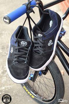 Zapatos diseñados con la mejor calidad realizamos envios a todo el país  #shoes #bmx #urban #style #street #footwear https://www.facebook.com/pages/Youth-Think/309544496982?pnref=lhc