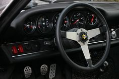hollywood speedometer | They built the gauges to accomodate an 80psi sender, 140 is correct ...