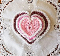 The Easiest Heart Crochet Pattern Ever In 3 Sizes! Free pattern!