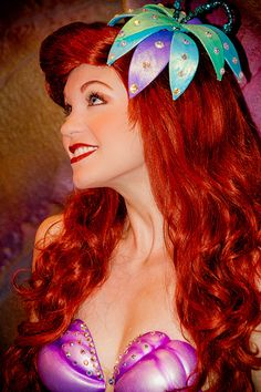 Princess Ariel from Disney's The Little Mermaid at Ariel's Grotto in the Magic Kingdom at Walt Disney World Ariel Disney World, Disney World Characters, Disney Parks, Disney Movies, Disney Worlds, Disney Live, Disney Cosplay, Ariel Cosplay, Manga Anime