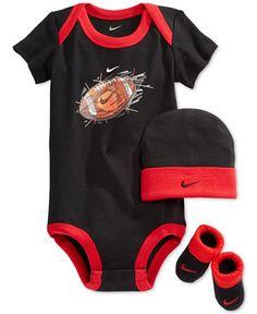 Nike Baby Boys' Three-Piece Geo Football Set