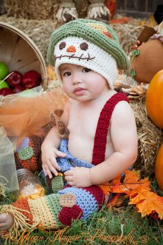 Crochet Scarecrow Pattern / Hat shorts suspenders leg warmers / Photo Prop /  4 Sizes /  3 Boys