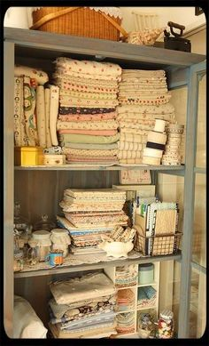 Ah! Gotta get me some storage space for all my studio chaos. This organization- pure genius!