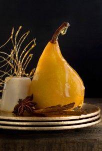 Pochierte Safran-Birne mit Ingwer-Panna-Cotta - ein super Dessert nach einem super Festmahl