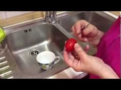 Here's how to remove a tomato's tricky to digest seeds - courtesy of Mamma Marisa and a nice metal spike ;-)