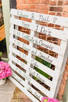 Summer Wedding Ideas Clever use of a pallet for the Wedding Day schedule. Could see this being a nice touch at barn, rural and outdoor weddings. - An Elegant Charlotte Balbier Gown for a Relaxed Summer Barn Wedding Wedding Themes, Wedding Tips, Wedding Blog, Wedding Favors, Diy Wedding, Wedding Events, Wedding Planning, Dream Wedding, Wedding Wall