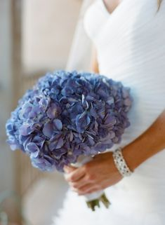 Blue Hydrangea Bridal Bouquet | photography by http://www.carriepattersonphotography.com/