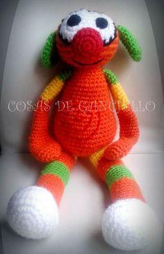 Mic, mide 50 cm - 25 euros.  Para más info en: http://cosasdeganchillo.wix.com/cosasdeganchillo