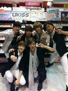 Kiseop,Hoonmin,Soohyun,Dongho,Kevin♡,Eli♡